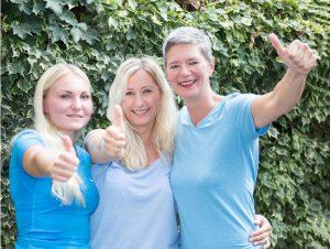 Darina Nientiedt, Ludmilla Nowak, Simone Damm des Physiotherapeuten-Team